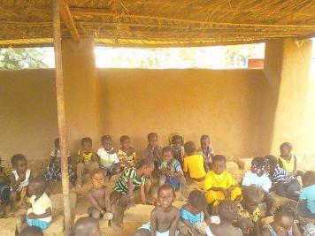 Jardin d'enfants à Endé (4)